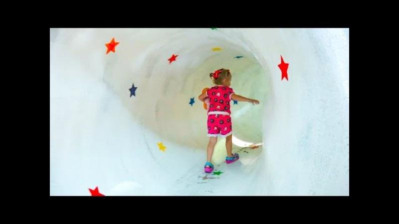 ВЛОГ Настя едет в детский музей с горками для детей Vlog CHILDREN'S MUSEUM Fun for kids activities