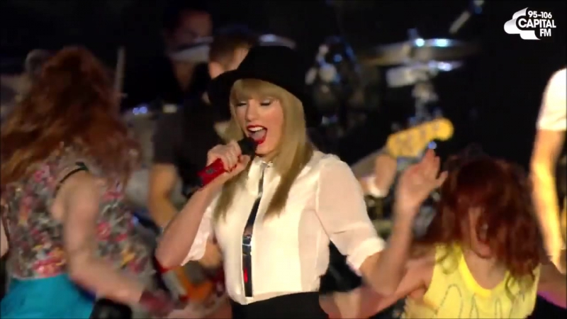 Taylor Swift - 22 (Live on Summertime Ball 2013)