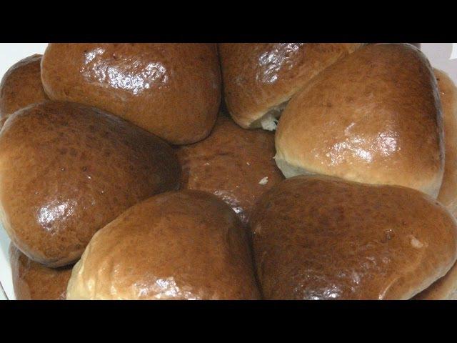 Дрожжевые пирожки,приготовление смазки-красивая колеровка.