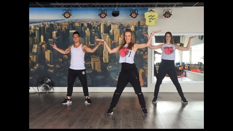 Sofia Alvaro Soler Watch on computer laptop Fitness Dance Choreography