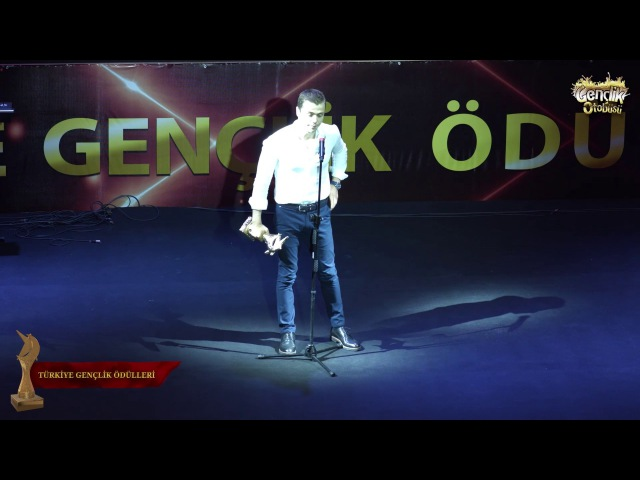 Türkiye Gençlik Ödülleri 2017 En İyi Erkek Dizi Oyuncusu