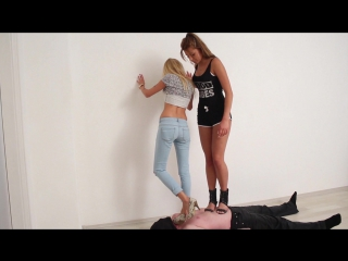 Домашний трамплинг #femdom #foot #fetish #trampling #facesitting #piss #scat #footjob #ballbusting #farting #spitting #socks #co