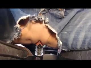 Порно кончила рычагом коробки передач в кабриолете — pic 6