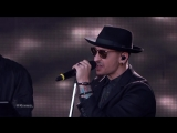Linkin Park Performs