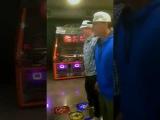 Vanilla Ice playing Pump It Up Dance Machine
