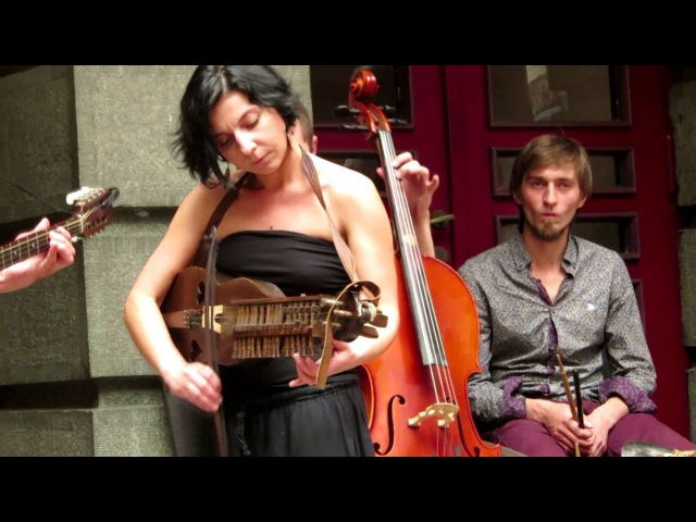 Burdon Folk Band - Maruntel, Rumanian Folk Dances at FeteDeLaMusique Lviv FolkRockVideo