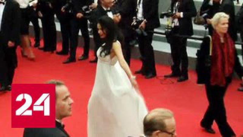 Звезда Болливуда подверглась нападению в Париже
