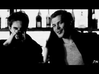Klaus Caroline -- Белый ворон