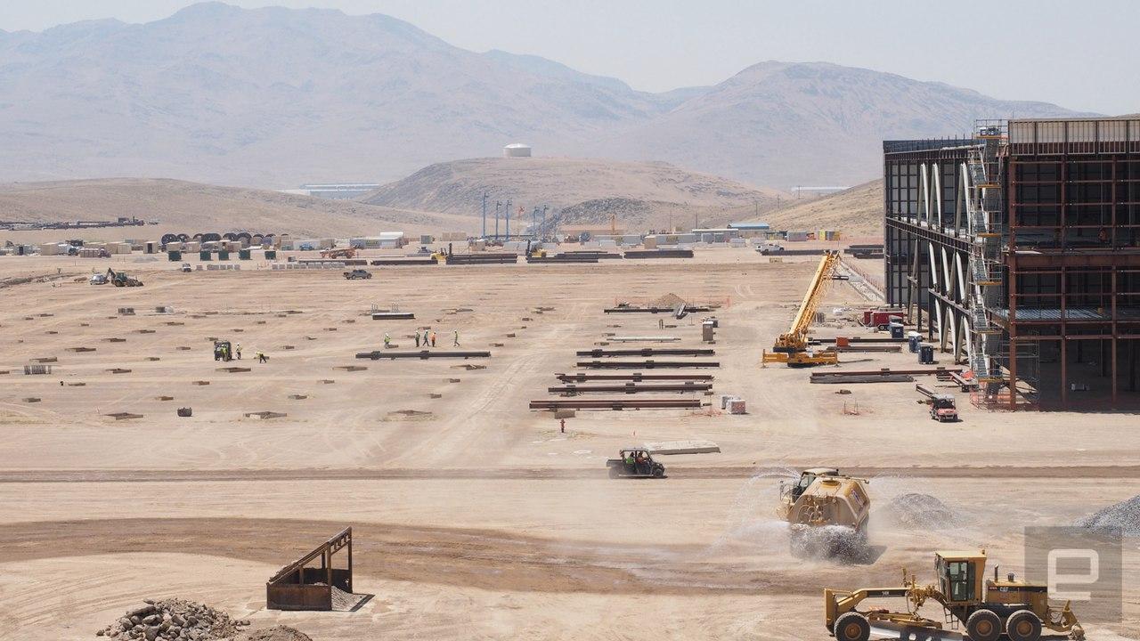 Gigafactory 1 (Гигафабрика 1) - самый большой завод в мире