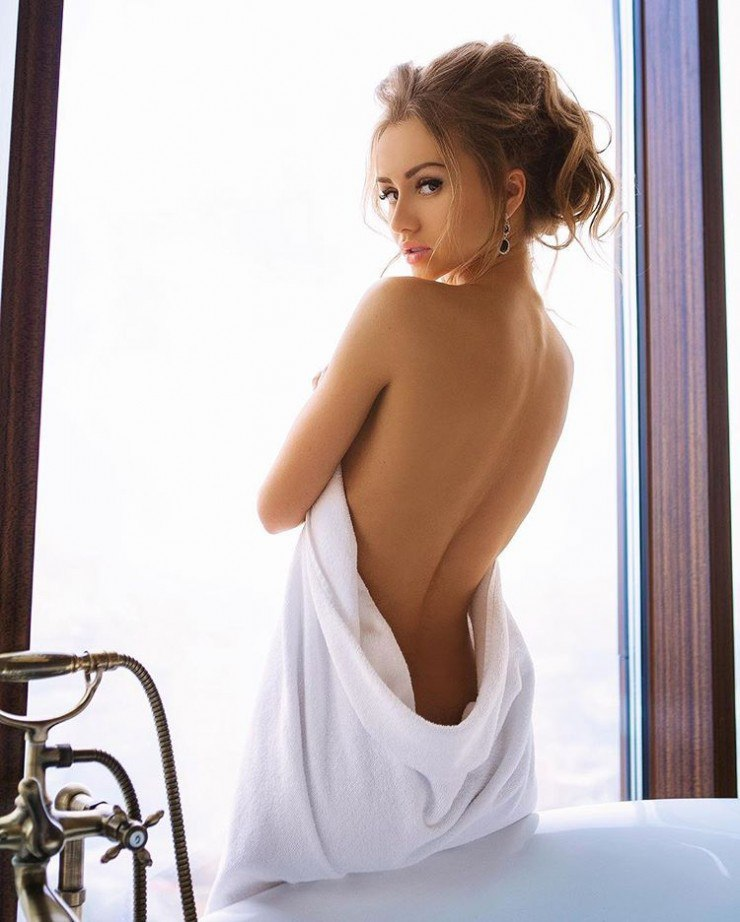 Naked pictures of maria lopez