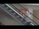 Fun 23. Девушка 99lvl сломала систему эскалатора. Все в шоке :D