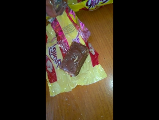 Черви в конфетах Ярче | г.Тара магазин Добрыня