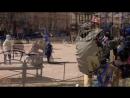 Тема и Тима на сьемках фильма Инспектор Купер.