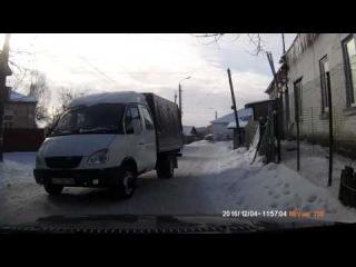 Почти ДТП. Газель, а прет как танк. Васильков.04.12.2016