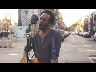 Чернокожий бруклинский музыкант Chase Winters, исполнил песню Гражданская Оборона — Всё идёт по плану