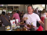 Wanna see Jeremy Roenick sweat eating hot chicken?