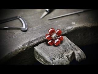 Van Cleef Arpels - Rose de Noël