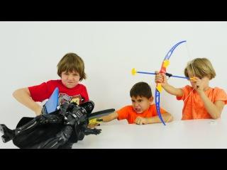 Star Wars Yumurtaları. Türkçe süper oyunlar - erkek çocuk videoları Arseny, Adrian ve Mikayil ile