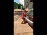 Извращенец  в Бразилии пытался изнасиловать машину
