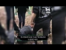 Видео содержит сцену насилия +21. В Московском парке школьницы избивают девочьку.