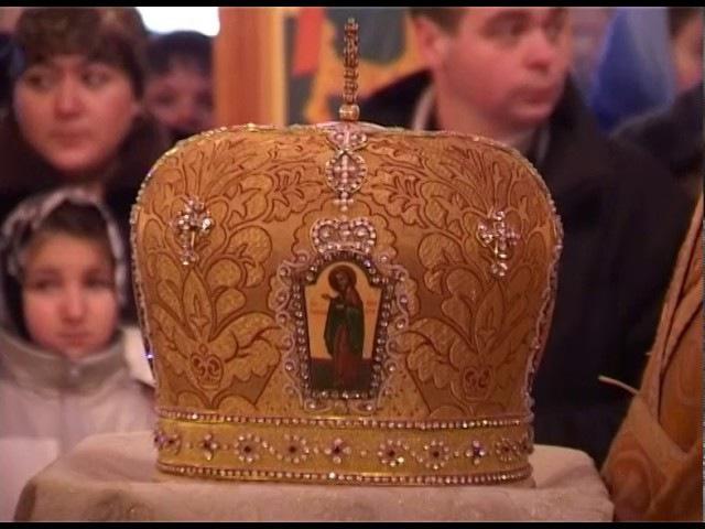 Архиерейское Богослужение в храме во имя мученика Иоанна Воина деревня Околица 28.11. 2004