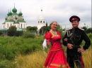 По Дону гуляет казак молодой
