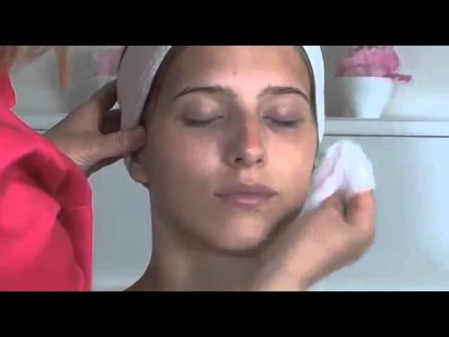 Серия BIOSEA Essentiel. Видео-класс по уходу за кожей лица от Катрин Лебран