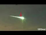 НЛО пробил метеорит над Челябинском Amazing UFO attacked the meteorite to defend ourselves, Russia, Feb 15, 2013 HD
