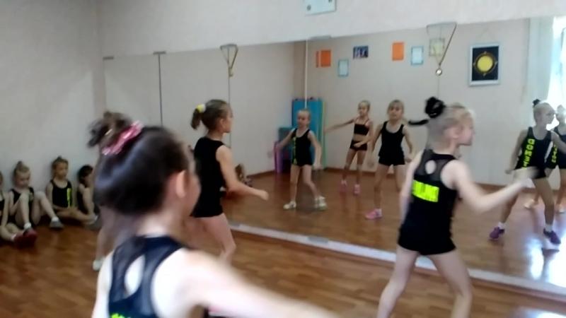 8. хип-хоп\Baeva Elena\Zodiak -dance\Donetsk