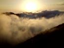 6окт2016. Гора Чёрная Пирамида, высота 1275 м. Танцующие облака.
