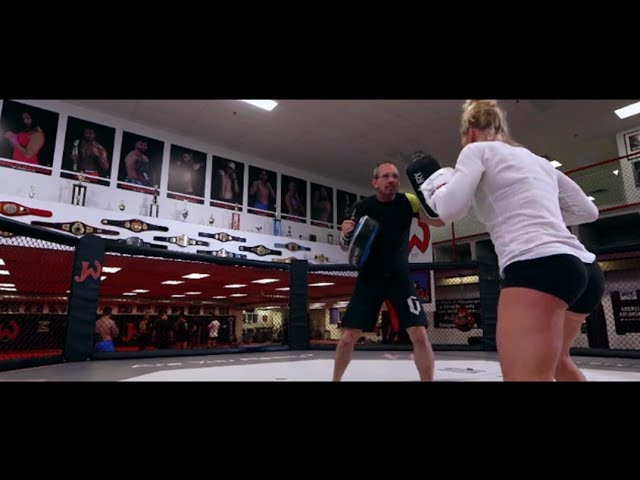 Holly Holm • The Preacher's Daughter (Highlightsᴴᴰ)