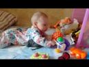 Габриэлла с игрушками