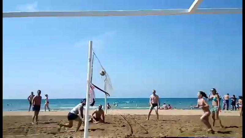 Пляжный волейбол ;)
