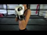 J-3, boxing class  le training d'Izabel Goulart pour le d