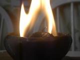 Горение травяной свечи. Медовый шар