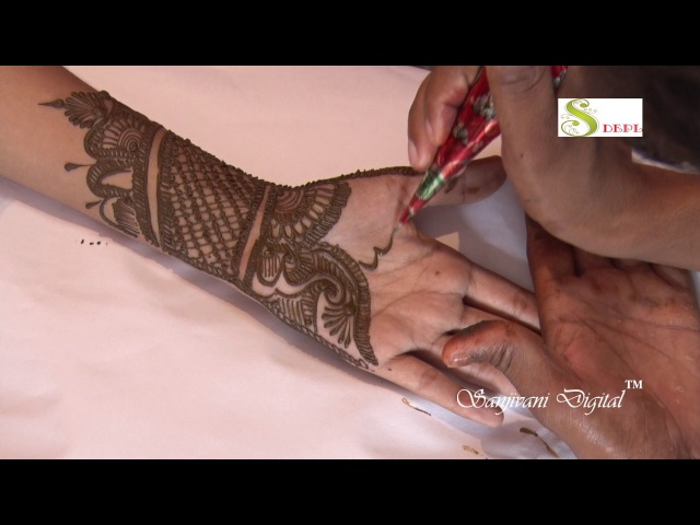 Latest Mehndi Designs 2017 Step by Step 124