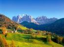 Dolomites : Amazing Val di Funes Santa Maddalena