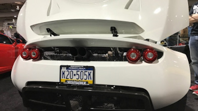 Stupid LOUD! 1244 BHP Hennessey Venom GT - Cold Start and Revving ! World's Fastest Production Car