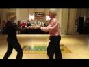 Как они здорово танцуют под песню Виктора Королёва Хулиганка ты девчонка лебедь белая