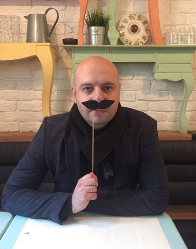 Илья Зенин