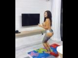 Рита Керн танцует танец маленьких утят Дом 2