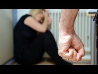 Феминистка и казак против домашнего насилия (Фантанка.Офис)