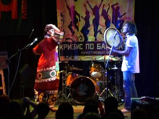 Узбекский танец под дойру и вокал Кадыр и Виктория Макарихина