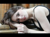 Using hands to enhance your portrait photography - tips for photographers and models
