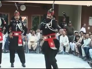 Ежедневный развод караула на границе Индии и Пакистана ( Пакистанская сторона )