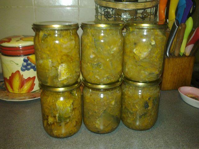 Консервы из сельди в масле с овощами Заготавливаю