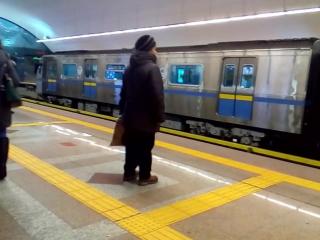 Временный сбой в работе Алматинского Метро.  Сегодня 14 февраля примерно в период с 11:00 до 11:30 поезд направлявшийся в сторон