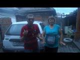 Танцуем возле машины NISSAN AD