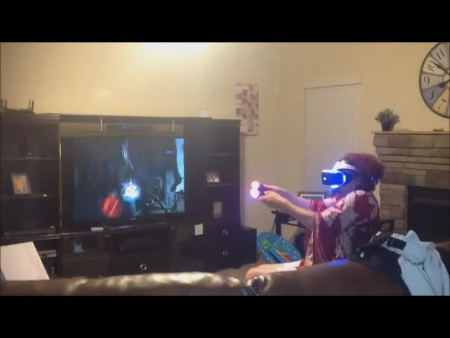 Бабушка в виртуальной реальности