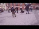 Уличные музыканты Питера исполняют Нирвану а народ отрывается вместе с нимиNirvana